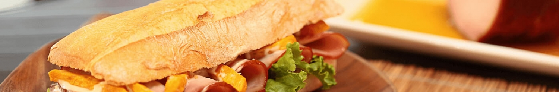 Desayunos, Piqueos, Sandwichs, Ensaladas, Pizzas, Pastelería dulce, Pastelería salada, Bebidas
